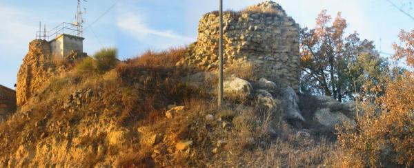 10.08.2012 Castell de l'Aguda (Torà)  L'Aguda -  Josep Maria Santesmasses Palou
