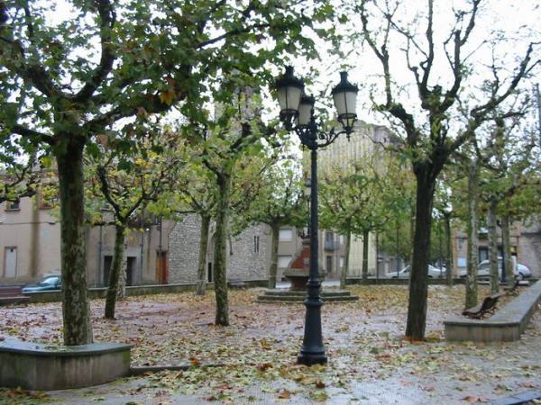 12.08.2012 Plaça de Sant Guim de Freixenet  Sant Guim de Freixenet -  Josep Maria Santesmasses Palou