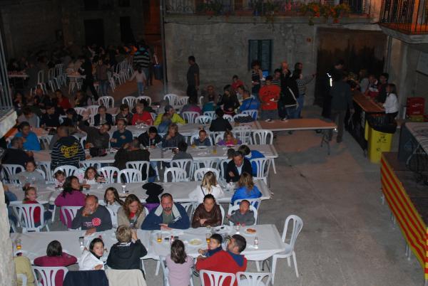 03.09.2012 Trobada Intergeneracional  Torrefeta i Florejacs -  Marina Jové