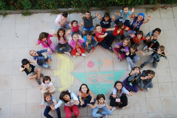 04.09.2012 Trobada Intergeneracional  Torrefeta i Florejacs -  Marina Jové