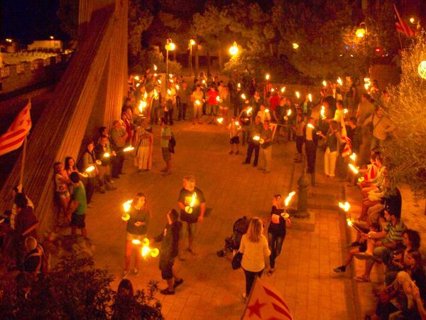 13.09.2012 Els estels i les torxes il•luminen Cervera en la vigília de la Diada  Cervera -  Anc-Segarra