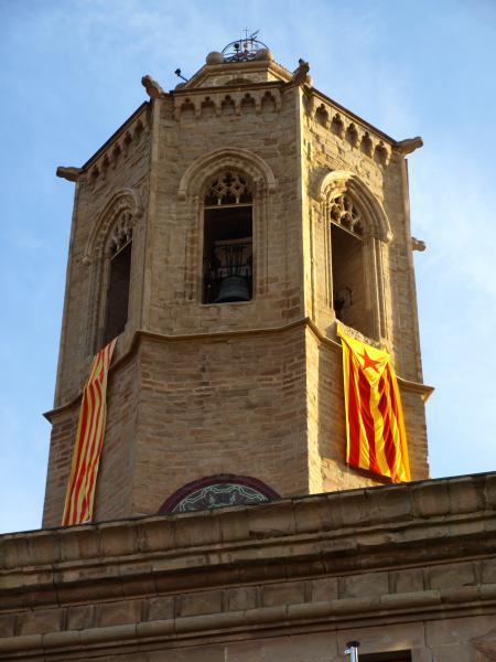 campanar de Santa Maria de Cevrera durant la Diada Nacional de Catalunya - Cervera