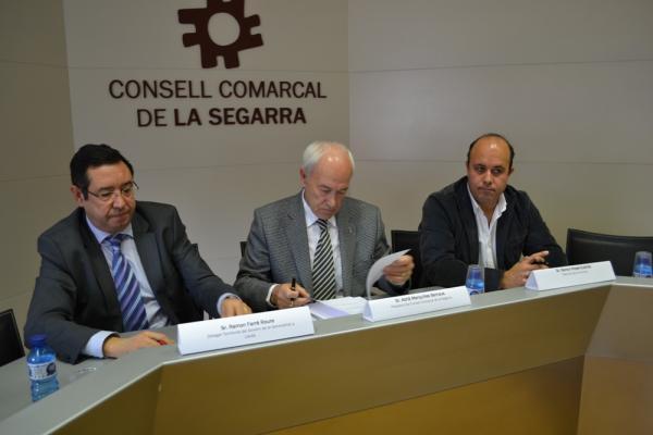 Acte de signatura del protocol  per treballar coordinadament el casos de violència a la comarca