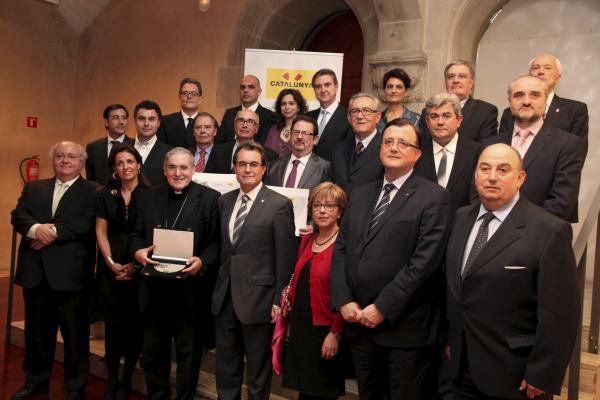 Foto de grup dels guardonats de Turisme de Catalunya 2012 - Barcelona