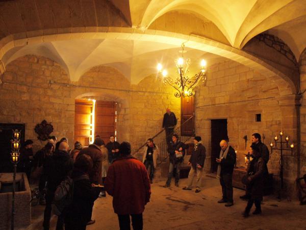 29.11.2012 Interior del castell  Les Pallargues -  Camins de Sikarra