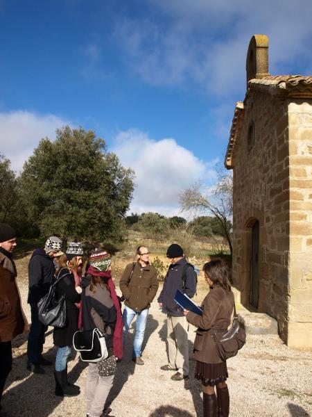 30.11.2012 L'alcaldessa de Torrefeta i Florejacs ens llegeix un fragment del Viatge a la Segarra d'Espinàs  Selvanera -  Camins de Sikarra