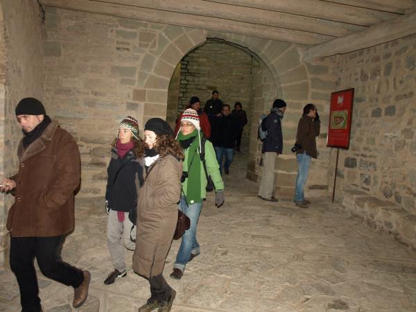 30.11.2012 recorregut per Montfalcó  Montfalcó Murallat -  Camins de Sikarra