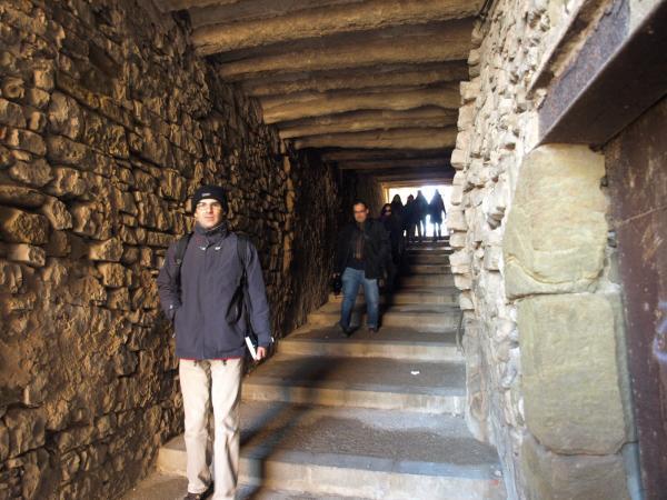 30.11.2012 Tot baixant al carreró de les bruixes, de la mà de Rosa Fabregat i Josep M. Madern  Cervera -  Camins de Sikarra