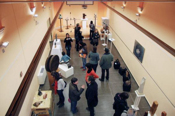 01.12.2012 Inauguració de l'exposició 'Escultura és cultura'   Guissona -  Laura Farré