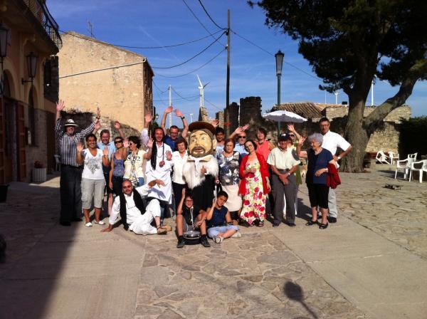 13.12.2012 El veïns de Segura amb el capgros Sant Isidre, patró del poble. Festa Major  Segura -  Alex Rufí