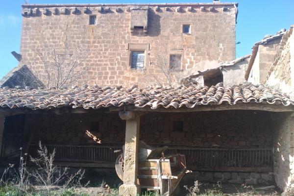 26.12.2012 Mas de la Vila espectacular masia fortificada del segle XVI  Les Cases de la Serra -  Ramon Sunyer