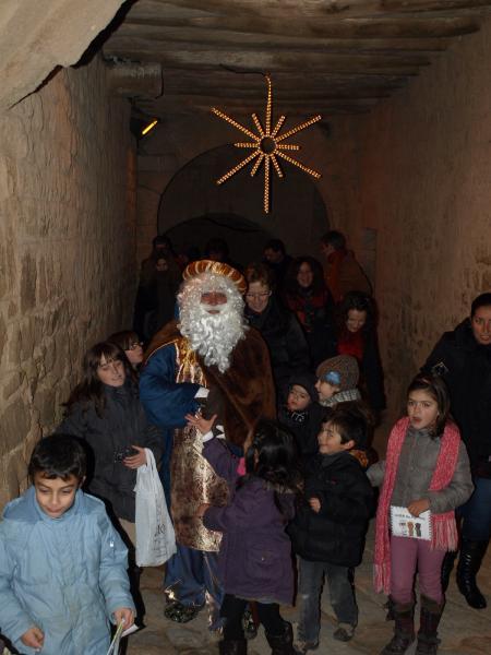 05.01.2013 el Rei Melcior entrant al nucli antic de Florejacs  Florejacs -  Jaume Moya