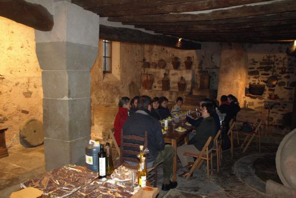 interior del molí del segle XVIII - Torà