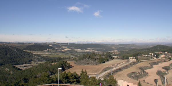 26.01.2013 Vista de l'entorn amb el Pre Pirineu al fons  Argençola -  Ramon Sunyer