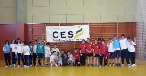 26.01.2013 trobada de futbol sala de centres de primària de la Segarra  Sant Guim de Freixenet -  CC Segarra