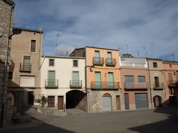 06.02.2013 Plaça Major de Montmaneu  Montmaneu -  Jaume Moya