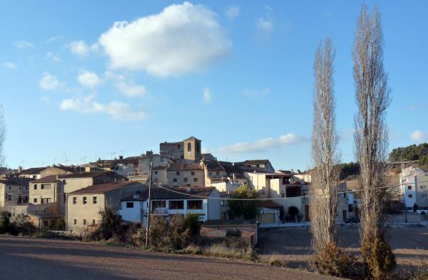 09.02.2013 Vista del poble  Les Piles -  Albert