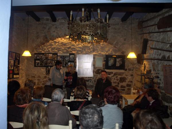 imatge de l'acte, amb Jaume Moya i Carme Bonet