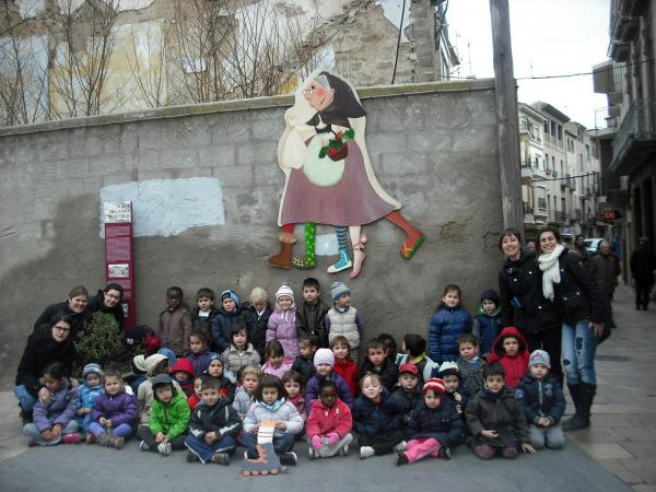 25.02.2013 Els infants de P4 i P5 participen en la Vella Quaresma  Guissona -  Ajuntament de Guissona