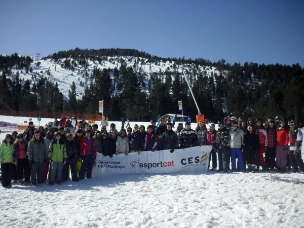 02.03.2013 50 alumnes de 10 a 14 anys de la Segarra practiquen esquí alpí a les pistes de Port Ainé  -  CC Segarra