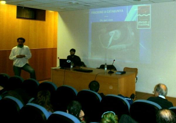 Jaume Moya i David Garcia en la xerrada de la Sala Buireu - Cervera
