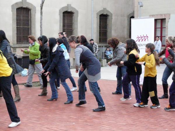 08.03.2013 gravació de la flashmob  Cervera -  La Segarrenca