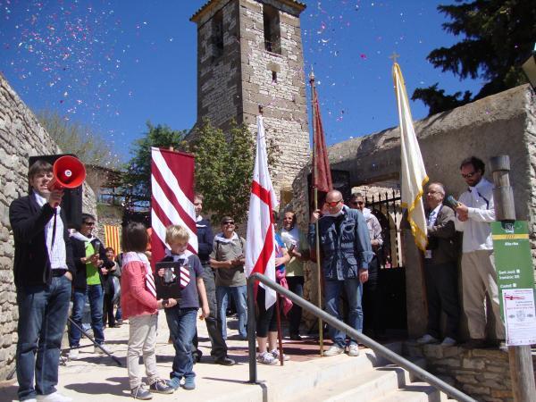 21.04.2013 Benvinguda de Sant Jordi després del seu trasllat.  Alta-riba -  AACSMA