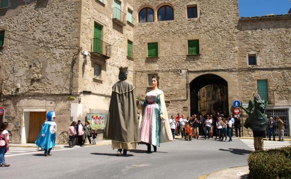 mostra de cultura popular amb les colles de Santa Coloma i Cervera - Santa Coloma de Queralt