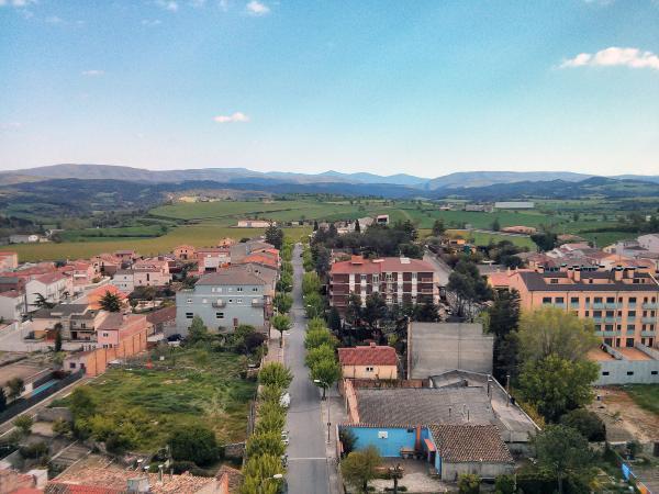 04.05.2013 vista cap a l'est  Santa Coloma de Queralt -  Ramon Sunyer