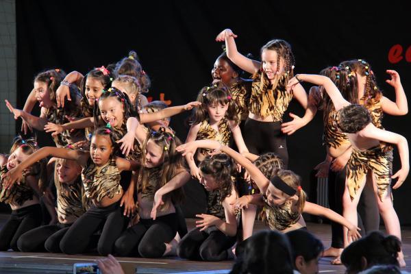 15.06.2013 Dance Tour. On anem de vacances?, espectacle de fi de curs de l'escola de dansa Montse Esteve  Guissona -  Montse Esteve