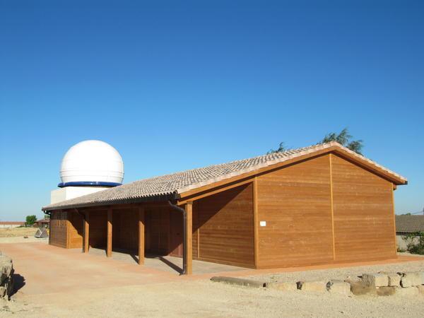 L´Observatori de Pujalt  amb la nova cúpula ja acabada