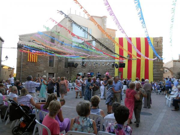 12.08.2013 El ball llarg de la festa major  La Morana -  Ajuntament TiF