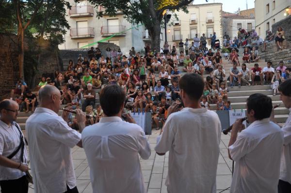 15.08.2013 concert de música tradicional a càrrec d'una desena d'alumnes i professors dels Espais de Música Tradicional de Bellpuig i Cervera  Cervera -  Ramon Armengol