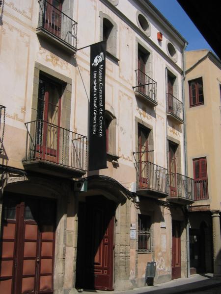 Detall exterior de la Casa Museu Duran i Senpere - Cervera