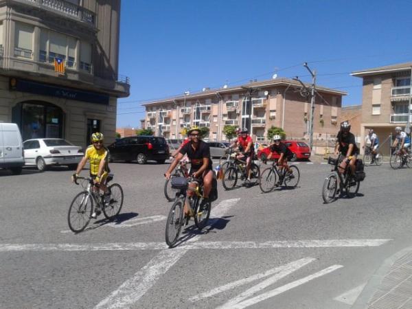 arribada a Cervera de la pedalada per la Independència s'atura a la Segarra - Cervera