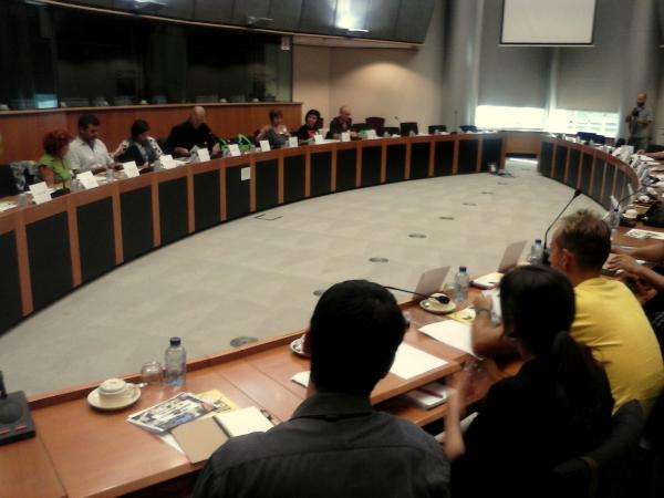 instant de la reunió de les plataformes espanyoles i catalanes - Brusel·les