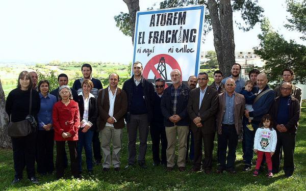 alcaldes signants del compromís d'Agramunt contra el fracking - Agramunt