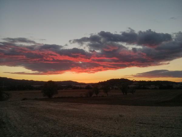 06.10.2013 Posta de sol tardorencs  Torà -  ramon sunyer