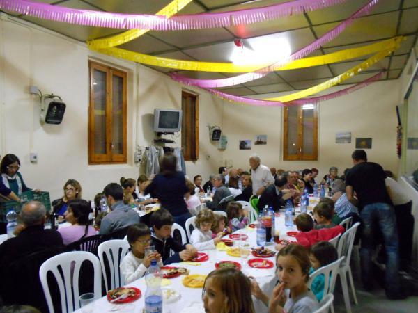 05.10.2013 Festa del Roser va convocar una setantena de persones  Palou -  Ajuntament TiF