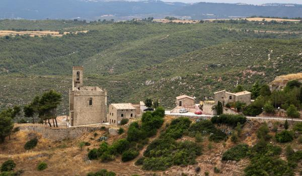 23.10.2013 església fortificada de Santa Maria de Rubió  Rubió -  Ajuntament de Rubió