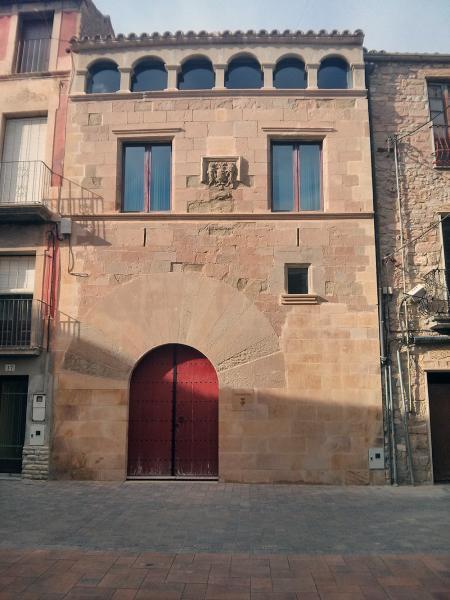 Edificio  Casa de la Vila - Autor Ramon Sunyer (2013)