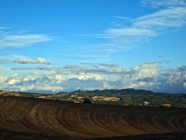 03.11.2013 El Castell de Queralt vist des del Codony  santa Coloma de Queralt -  tribus de la segarra