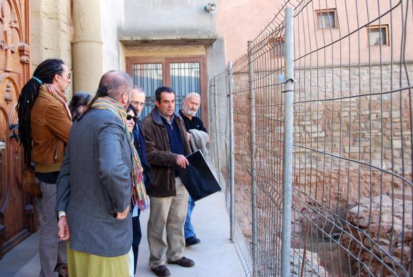14.11.2013 Pere Tardà explicant detalls de la proposta sobre el terreny  Els Prats de Rei -  Ramon Sunyer