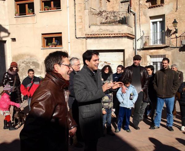 Marc Castells, diputat de la Diputació de Barcelona, acompanyat de l'alcalde dels Prats de Rei, Francesc Duocastella anunciant la solució adoptada - Els Prats de Rei