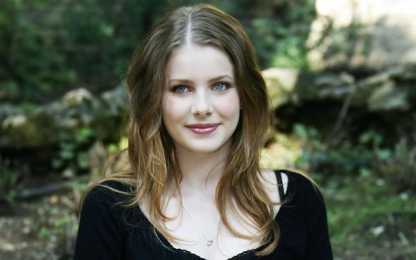 L'actriu Rachel Hurd-Wood farà el paper d'Alba a Segon Origen