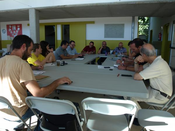 imatge d'una reunió de treball de la PAF a Riudaura (agost de 2013) - Riudaura
