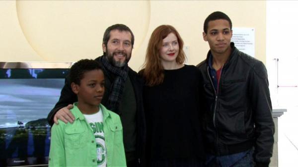 Els protagonistes de 'Segon Origen' amb el director i productor Carles Porta