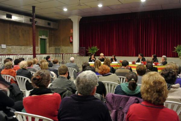 07.03.2014 Taula rodona 'Sóc dona i a més política'  Hostafrancs -  CC Segarra