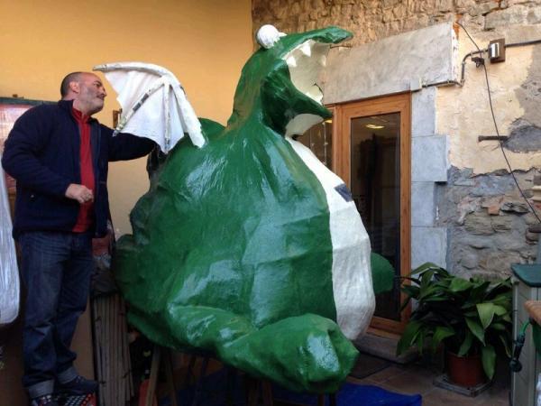 18.03.2014 taller de confecció del drac del Llor  El Llor -  Juanjo Coloma