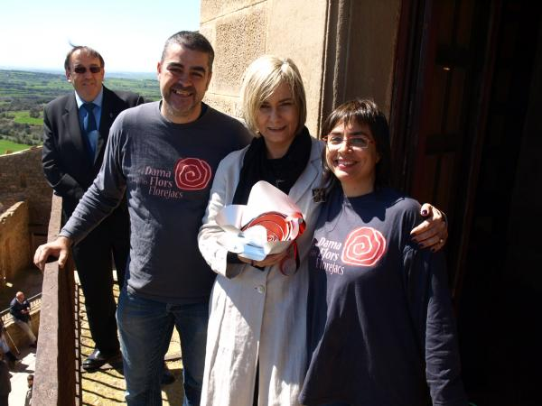 05.04.2014 Mònica Terribas va rebre la Flor de Florejacs  Florejacs -  Jaume Moya